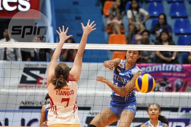 Bea de Leon lauds Dani Ravena, Cassie Gequillana as Ateneo rookies make most of limited debut