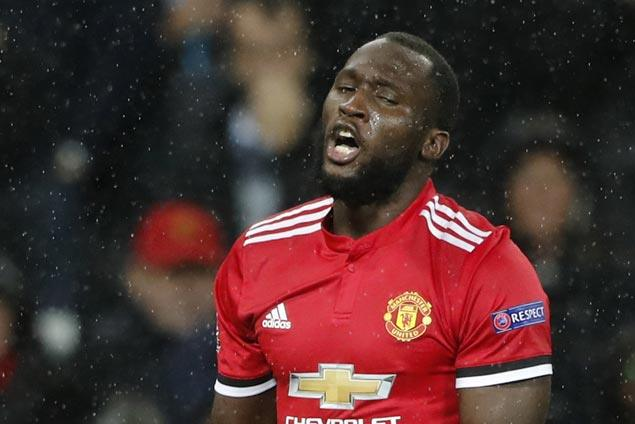 United looks to identify on CCTV fans singing racist song to Romelu Lukaku