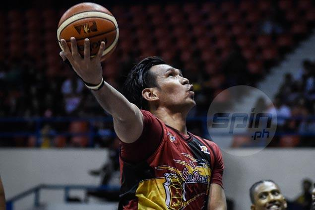 June Mar Fajardo holds big lead over Alex Cabagnot, Terrence Romeo in MVP race