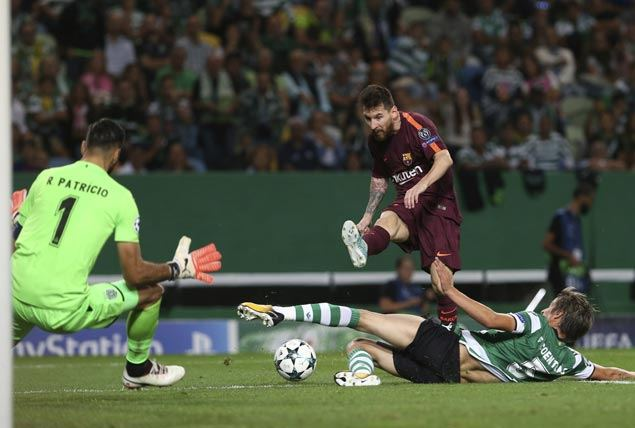 Lackluster Barcelona gifted win with own goal by Sporting Lisbon