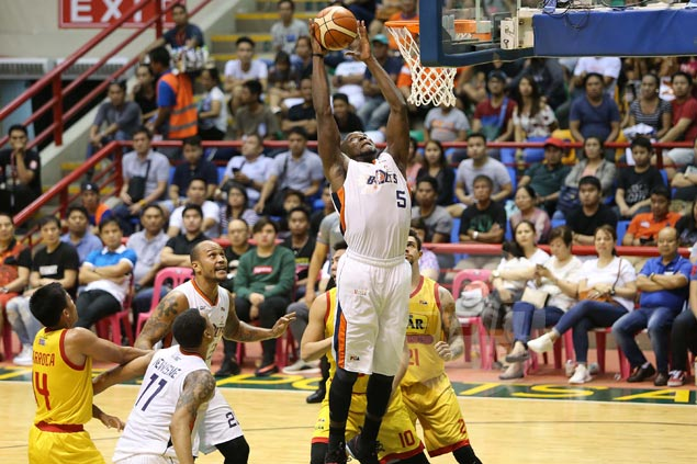 Bolts fight back from 17 points down to beat Hotshots in semis series opener