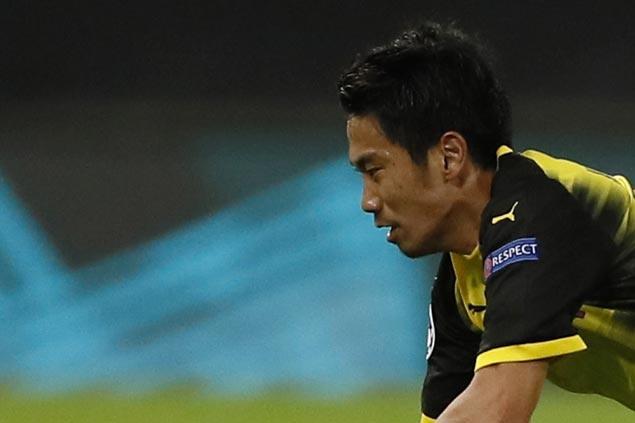 Shinji Kagawa becomes highest scoring Japanese player in Bundesliga as Dortmund defeats Augsburg
