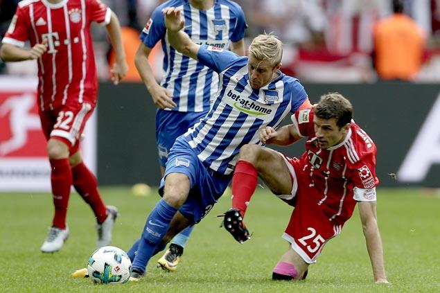 Hertha Berlin earns draw in Bayern Munich's first Bundesliga match since firing Carlo Ancelotti