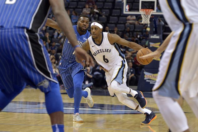 Mario Chalmers shows way as Grizzlies overcome Magic