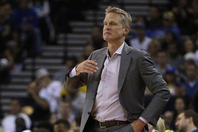 Steve Kerr joins Golden State Warriors in China after passport delay