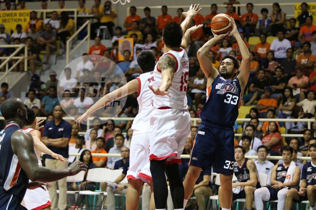 Meralco shoots down Star anew as surging Bolts close in on return trip to finals