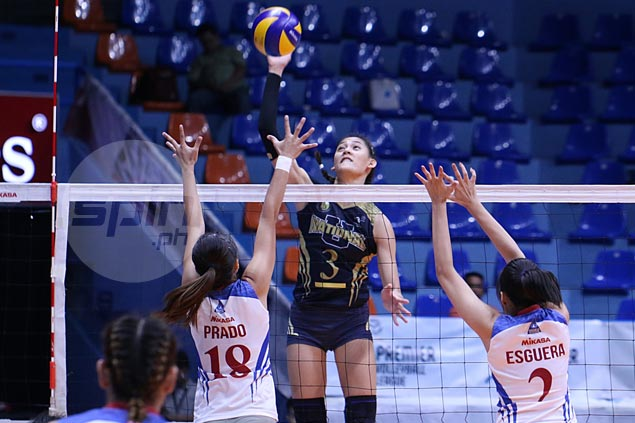 Lady Bulldogs one win away from returning to finals after straight-sets victory over Lady Chiefs