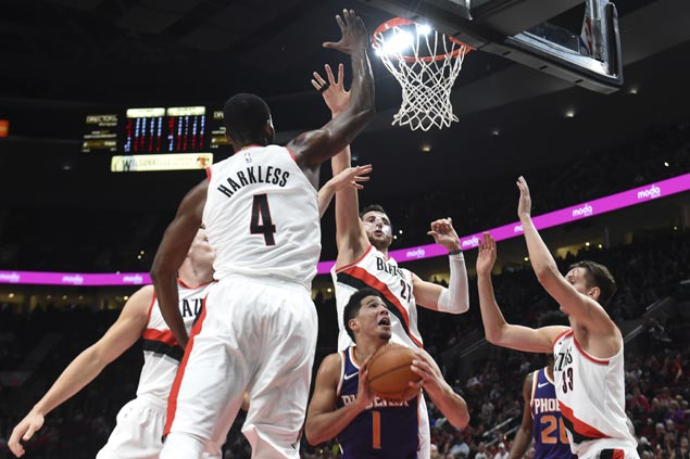 Phoenix Suns catch fire in the fourth to rally past Portland Trail Blazers