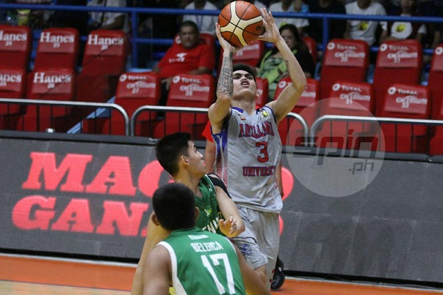 Arellano Chiefs keep semis hopes alive with 30-point rout of CSB Blazers