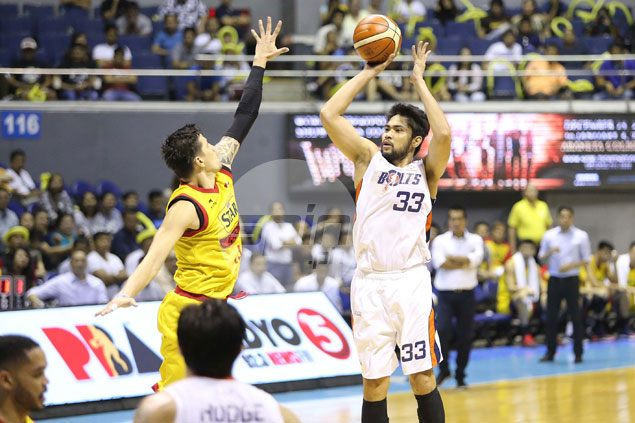 Ranidel de Ocampo feels a bit odd playing in the finals for the first time with Meralco: 'Iba ang pakiramdam'