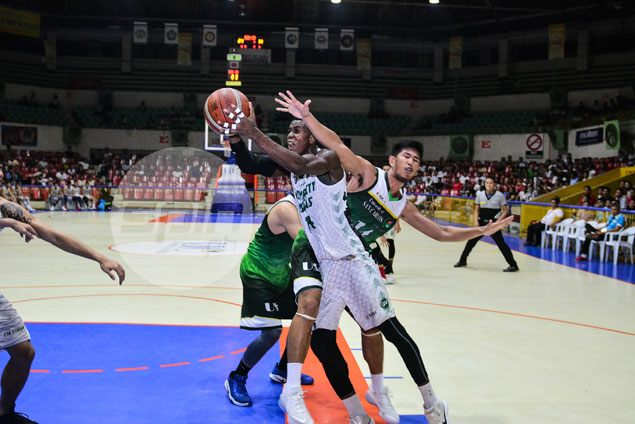 UV Green Lancers ride late blitz to hold off USC Warriors and book return trip to Cesafi finals
