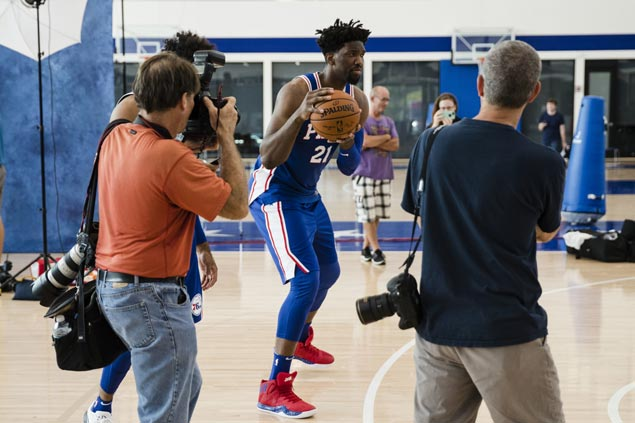 Joel Embiid hopeful to play in Sixers season opener after first full practice since knee surgery