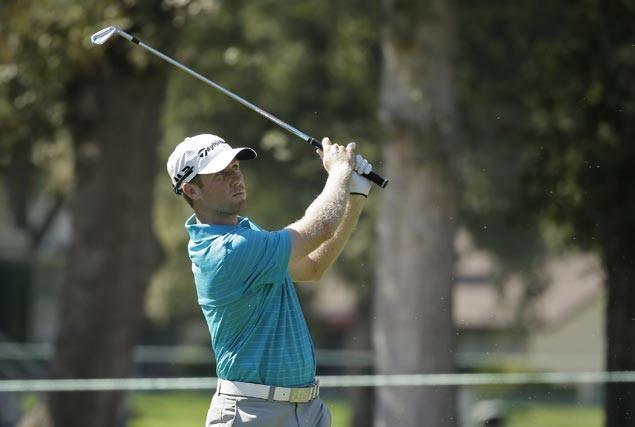 Tyler Duncan eagles closing hole to take one-stroke lead over Brendan Steele