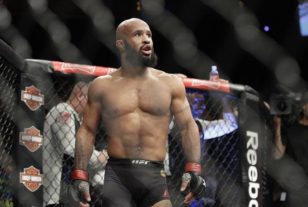 Demetrious Johnson pulls off astonishing armbar to stop Ray Borg and break UFC mark with 11th title defense