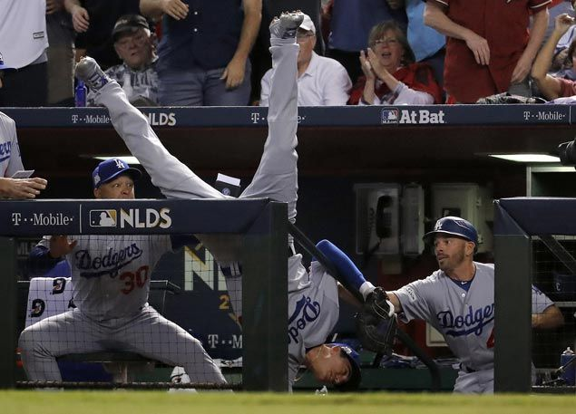 Rookie Cody Bellinger shines as Dodgers complete sweep of D-Backs and return to NLCS