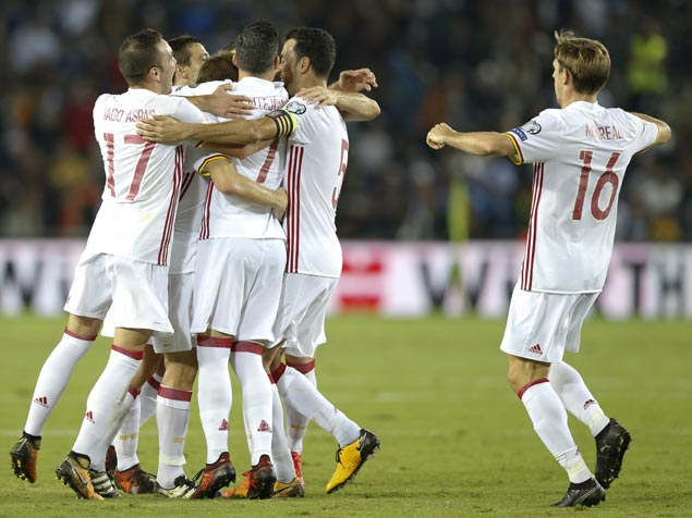 Spain caps World Cup qualifying campaign with slim win over Israel
