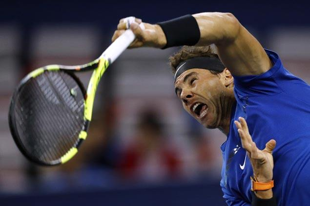 Top-ranked Rafael Nadal, No. 2 Roger Federer win Shanghai opening matches in straight sets