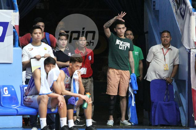 Heroes aplenty for Arellano Chiefs after top gun Kent Salado goes down with injury