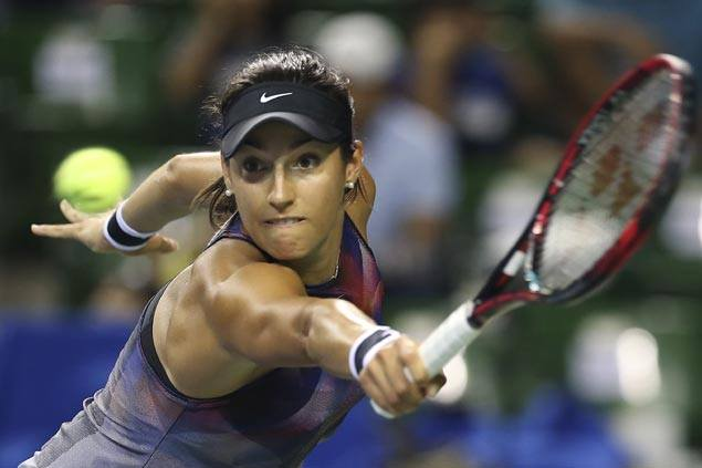 Caroline Garcia secures spot in WTA Finals as Johanna Konta withdraws due to foot injury