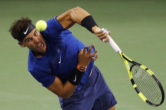 Rafael Nadal, Roger Federer breeze past separate foes to reach Shanghai Masters quarterfinals