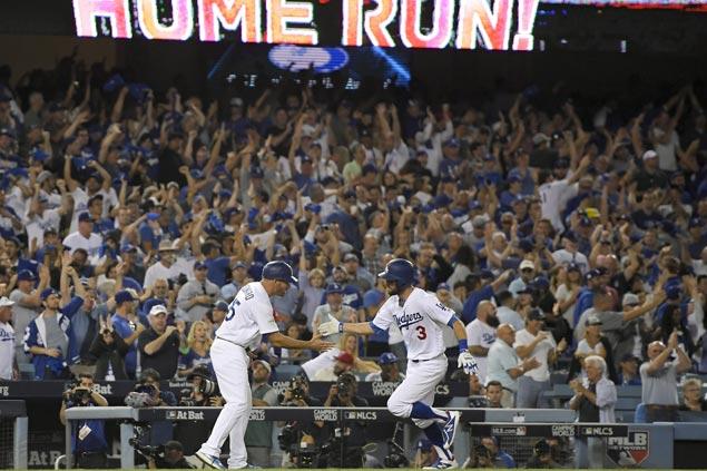 Chris Taylor, Yasiel Puig hit homers as Dodgers down Cubs in NLCS opener