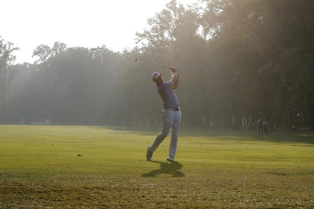 Matt Wallace seeks wire-to-wire victory as he carries two-stroke lead into final round in Monza