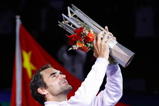 Federer puts end to Nadal's 16-game win streak with clinical win in Shanghai Masters final