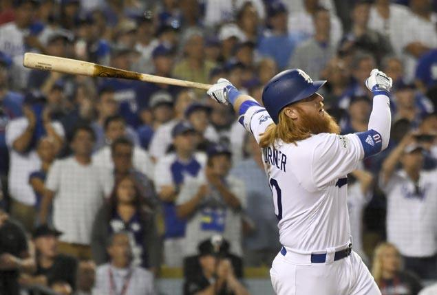 Justin Turner hits walkoff three-run homer to power Dodgers past Cubs for 2-0 NLCS lead