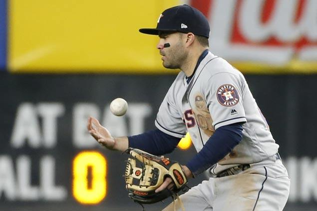 Bloopers and bleeders did Charlie Morton in as sloppy Astros allow Yankees to get back into series