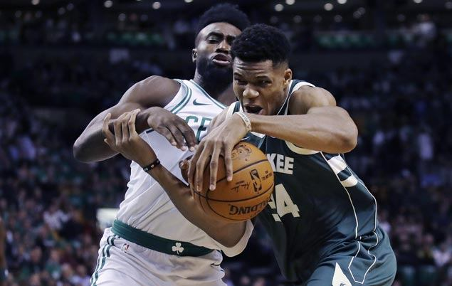 Antetokounmpo scores 37 as Bucks deal Celtics second straight loss, spoil Irving debut in Boston