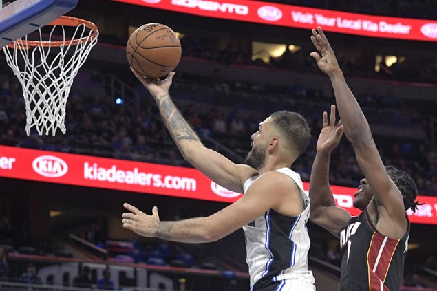 Evan Fournier hits the big endgame baskets as Magic hold off Heat