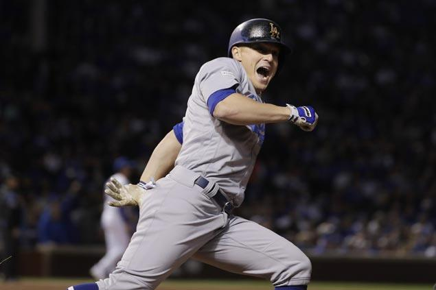 Enrique Hernandez hits three homers, including grand slam, as Dodgers oust Cubs to reach World Series
