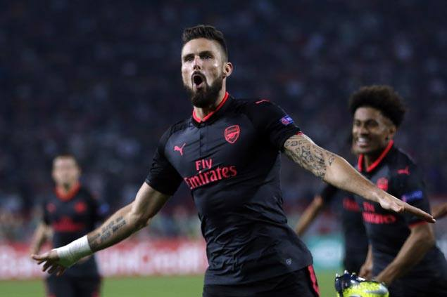 Olivier Giroud lifts Arsenal over 10-man Red Star Belgrade to stay perfect in Europa League