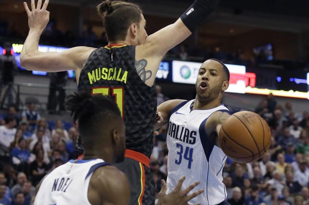 Devin Harris granted leave of absence after brother's death