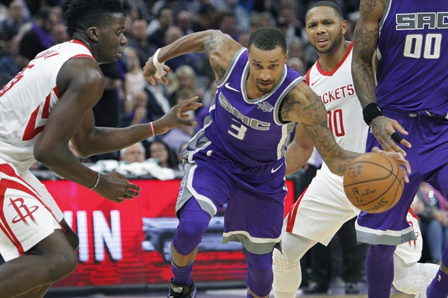 George Hill shows way as Kings bounce back, deal Mavericks second straight loss