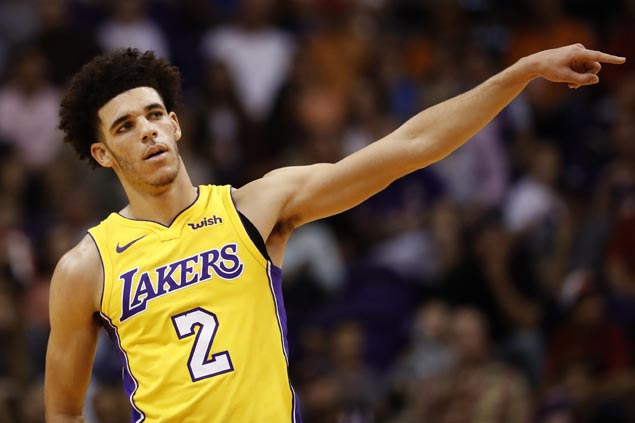 Lonzo Ball puts on dazzling show as follow-up to silent debut: 'It doesn't take me long to learn'