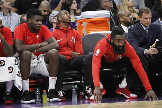 Rockets yet to provide specifics on Chris Paul knee injury, says star guard 'week-to-week'