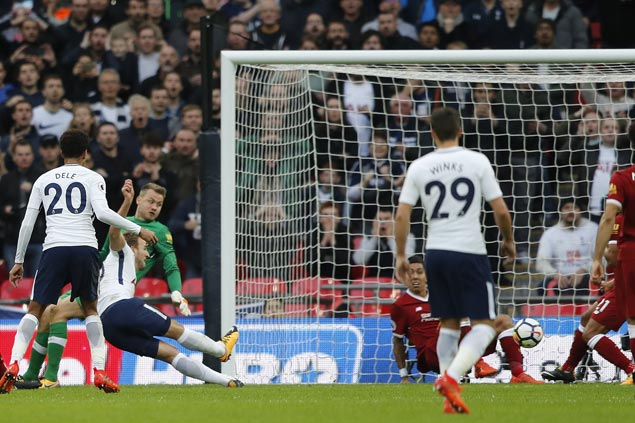 Harry Kane nets brace as Spurs pick apart defensively deficient Liverpool
