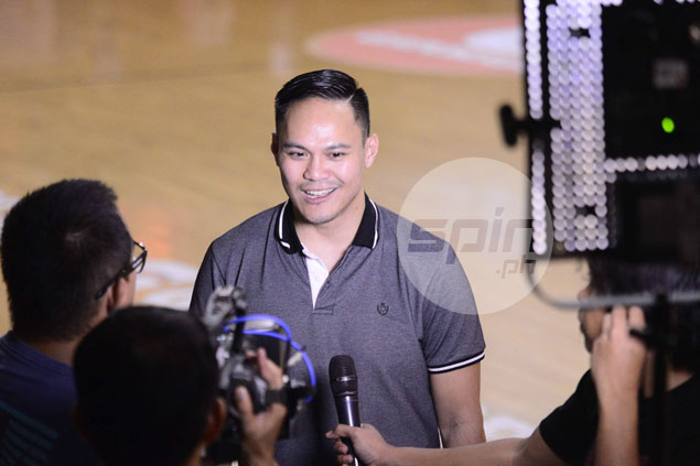 Former KIA coach Chris Gavina weighing offer to coach UE Red Warriors