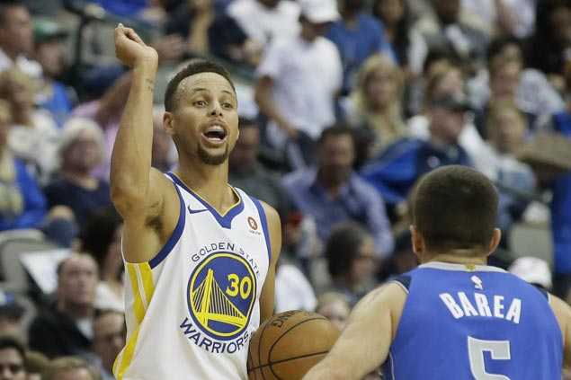 Against winless Mavs, Curry and Warriors keep cool even after blowing huge lead