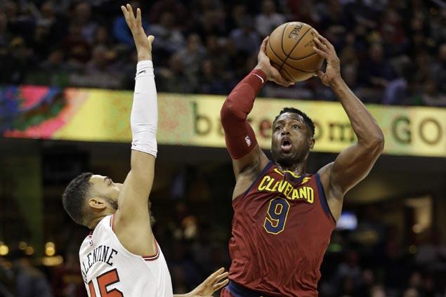Cavaliers shake of sluggish start to keep Bulls winless