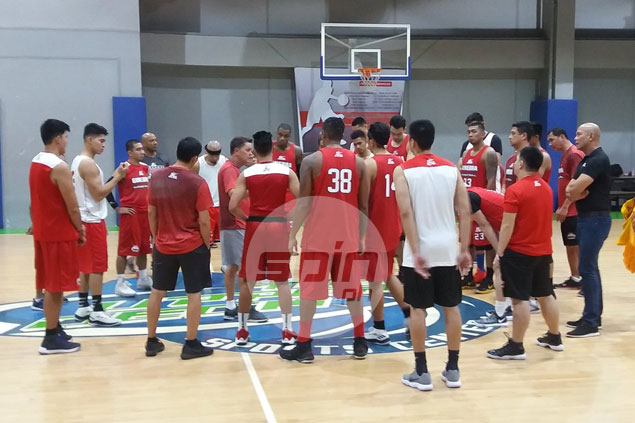 Blackwater beats Ginebra in tuneup game as Cone experiments on unique lineups