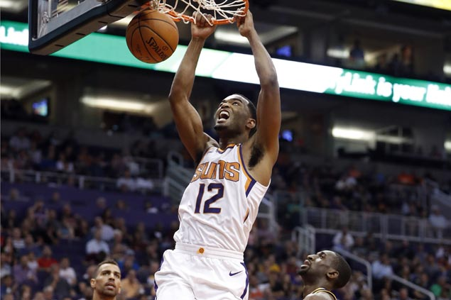 Suns sustain surge with romp over skidding Jazz for second straight win under interim coach Triano