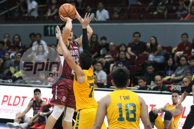Paul Desiderio hits last-second triple to cap UP Maroons rally against FEU Tamaraws