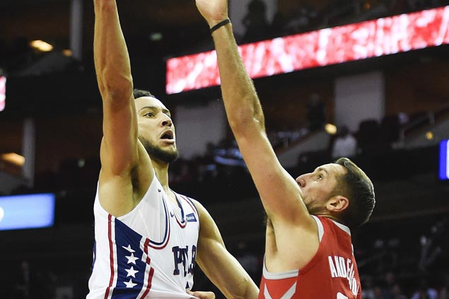 Ben Simmons' all-around game lifts Sixers over Rockets