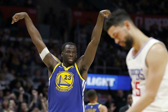 Warriors get back on track, assert mastery over Clippers