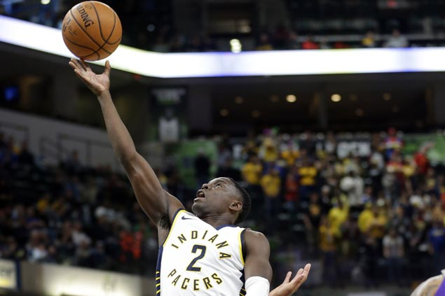 Pacers use balanced offense to take control early and cruise to victory over Kings