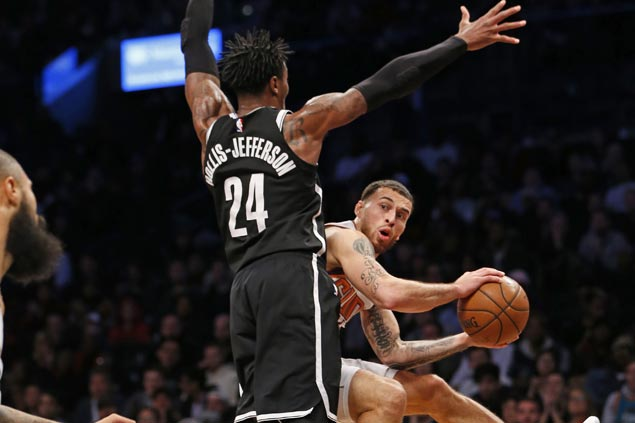 Suns squander 18-point lead but rally late to send Nets to third straight loss