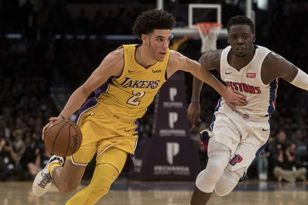 Lakers ride balanced attack to halt skid and snap Pistons' three-game win streak