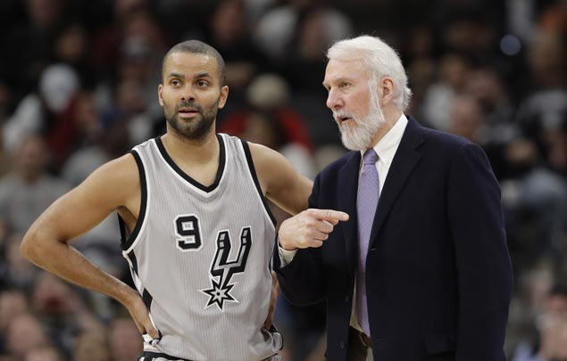 Tony Parker back with San Antonio Spurs after rehab stint in G-League